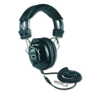Amplivox Portable Sound Sys. #SL1002 - HEADSET, STEREO, VOL CON, AA, EACH